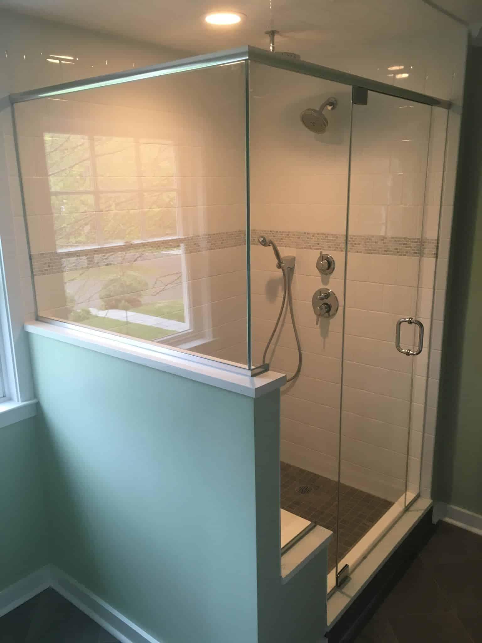 Frameless Door, Notched Panel, Return Buttress Panel